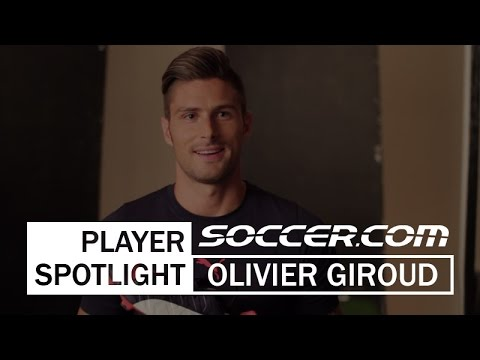 Olivier Giroud talks to SOCCER.COM about the PUMA evoPOWER 1.2