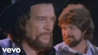 Watch Waylon Jennings Never Could Toe The Mark video
