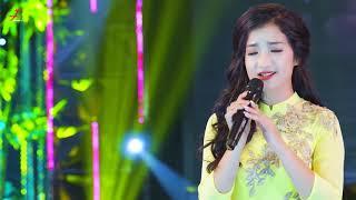 Cô giáo viên, ca sĩ xinh đẹp có giọng hát ngọt ngào khiến cộng đồng mạng sục sôi Săn Lùng   Mai Lan