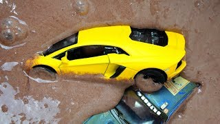 Toy Cars fall in turbid deep Mud Bogging. Video for Kids.