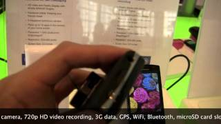 Hands-on Sony Ericsson XPERIA Mini Pro - Android 2.3 Gingerbread, 1GHz Snapdragon, QWERTY.mp4