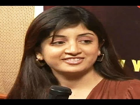 TORI Live Show with Smiley Actress Poonam Kaur