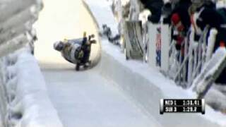 Swiss bobsled crashed