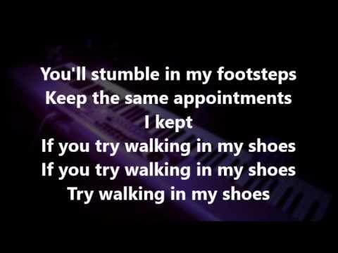 DEPECHE MODE - Walking In My Shoes - karaoke (Devotional Tour 1993)