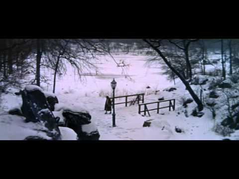Lovely Snow Scene from The World of Henry Orient (1964)