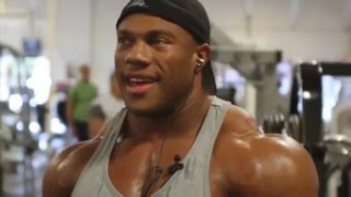 Copia de Phil Heath - entrenando hombros.