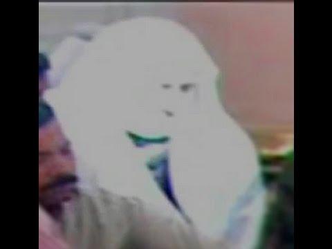 Sun Light Making Things Strange In Masjid Al Nabawi video