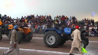 Tractor tochan at pind halwara