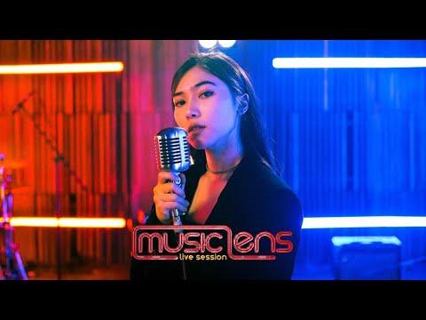 Download Isyana Sarasvati – Luruh Lens Live Session Mp4 baru