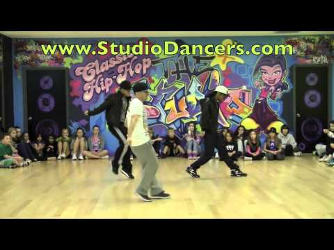 Justin Biebers Dancers - Somebody to Love Music Videos