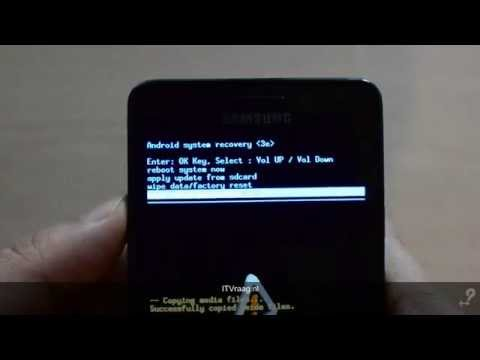 How To Hard Reset A Samsung Star II S5260 To Factory Settings