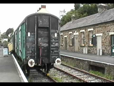 Bideford Disused Stations Town & Royal Hotel.