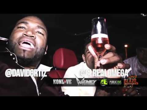 David Ortiz y Omega''el fuerte''- bebiendo champan