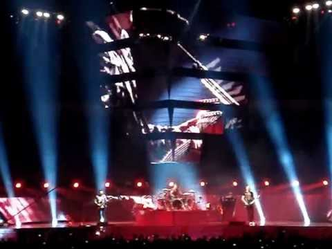 Muse Host + Time is Running Out Madrid Palacio de los Deportes