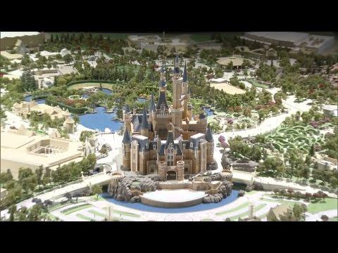 Shanghai Disneyland detailed model presentation by Disney CEO Bob Iger