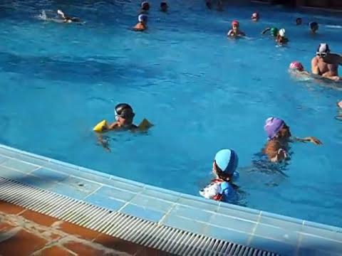 piscina de valencia de don juan pablo y sara 2010