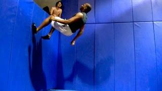 Learning Free Running -Ninja Warrior Training - Day 5 - Ass and Abs!