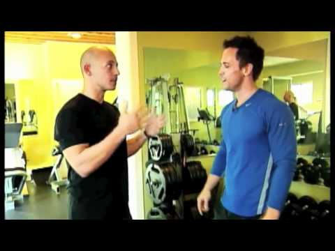 Harley Pasternak & E! Host Jason Ruta workout!