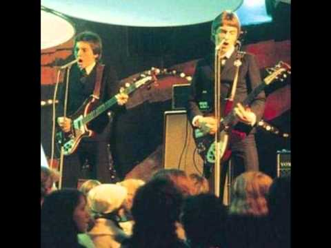 the jam modern world the single version lyrics