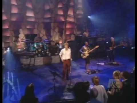 """David Bowie - """"HEROES"""" - Live By Request 2002 - HQ"""