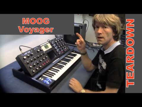 teardown and look inside moog minimoog voyager analog synthesiser keyboard