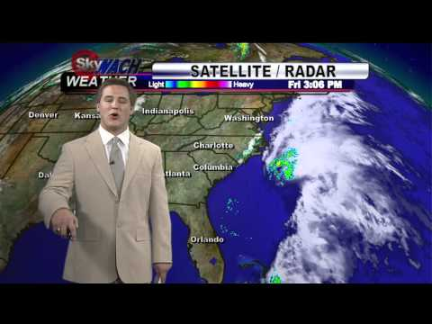 Subtropical storm Beryl threatens to drench beachgoers on ...