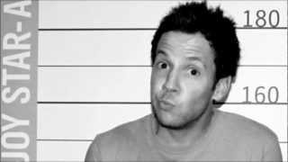 Twitter Song - Pierre Bouvier (Simple Plan)