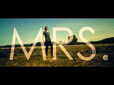 SICK INDIVIDUALS feat. Stevie Appleton Mrs. new videos