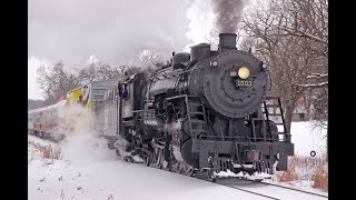 Trains For Children: Old Fashioned Steam Locomotive