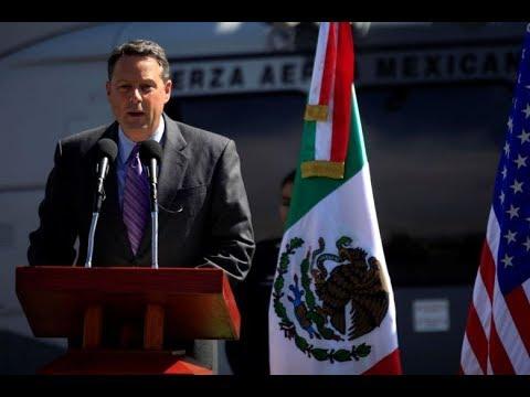 US ambassador to Panama resigns, says cannot serve Donald Trump