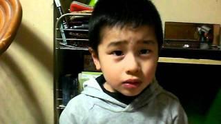 Hideo singing japanese song