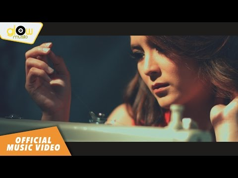 Ifny - Bila Rasaku Tertatih [ Official Music Video ]