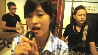 download lagu Noah Cover - Tak Ada Yang Abadi By Qwinshi gratis