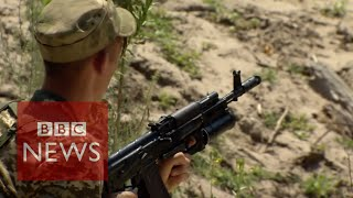 Ukraine: Right Sector threat to Poroshenko's government? BBC News