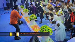 PROPHET BELAY TEDY TADESSE LIVE WORSHIP @ HOLY INT.CHURCH - AmlekoTube.com