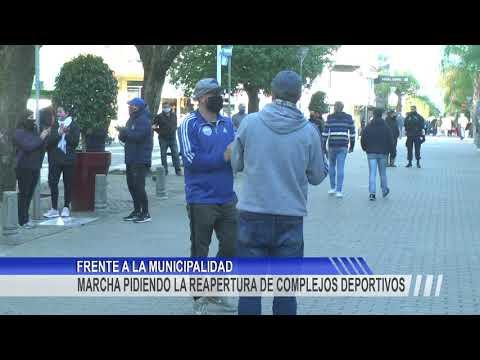 Nueva manifestación frente al municipio solicitando la apertura de distintas actividades