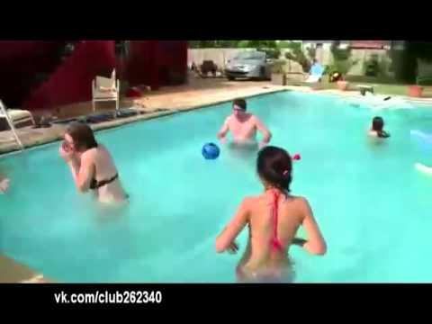 """""""Без палева"""" в бассейне... :-)"""