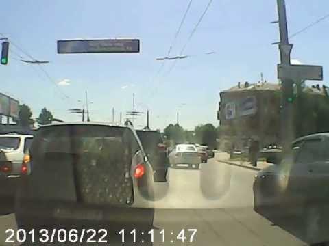 ДТП на перекрестке Полтавский Шлях,Елизарова-Нариманова 22,06,2013 г,Харьков