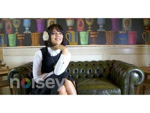 Bat for Lashes on Phoning Thom Yorke and Haunting River Phoenix - Noisey Meets