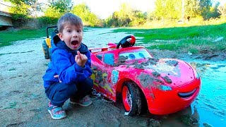 Disney Lightning McQueen stuck in the mud - Car Wash by Kidscoco Club Little Boy