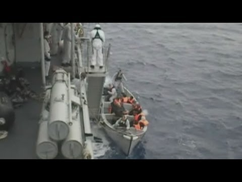 Italian navy rescues migrant children from rough seas