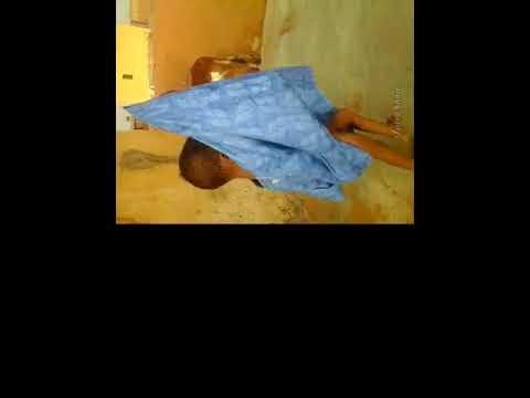 طفل موريتاني يرقص رقص عجيب عههههههههه thumbnail