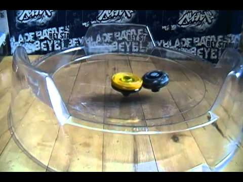 BEYBLADE BATTLE! Hell Kerbecs BD145DS (Boost Mode) vs Gravity Perseus AD145WD (Defense Mode)