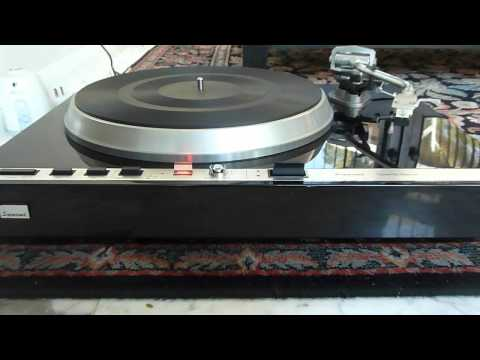 Sansui SR-838 turntable in action
