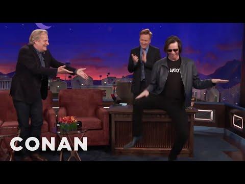 Jim Carrey Crashes Jeff Daniels