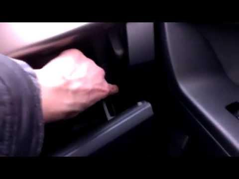 Видео как снять магнитолу Лансер 10