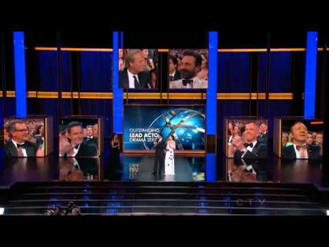 Jeff Daniels wins an Emmy for The Newsroom at the 2013 Primetime Emmy Awards