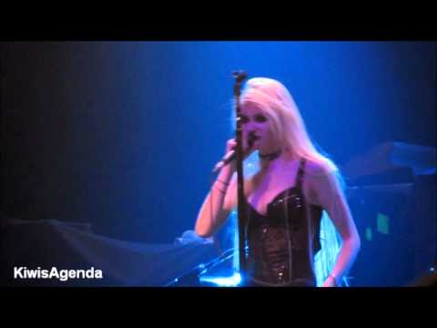 The Pretty Reckless - Make Me Wanna Die (Terminal 5, NYC, 11.1.11) Music Videos