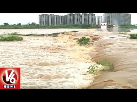 Heavy Inflow Keeps Water Level High In Irrigation Projects Of Telangana | V6 News
