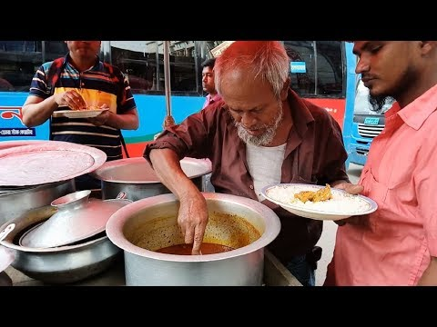 Old man selling Rice with chicken curry full lunch @ 60 Rs only# poor man loving it street food